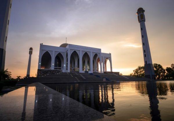 Wisata Religi Masjid Tiban Malang